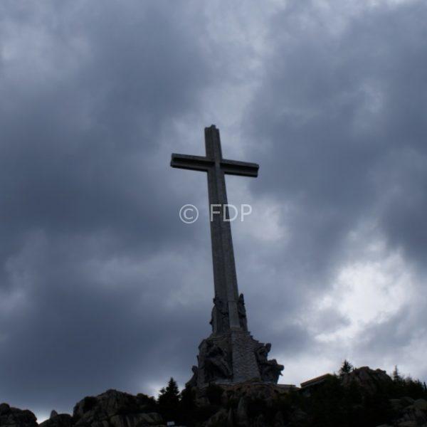 cruz-valle-caidos