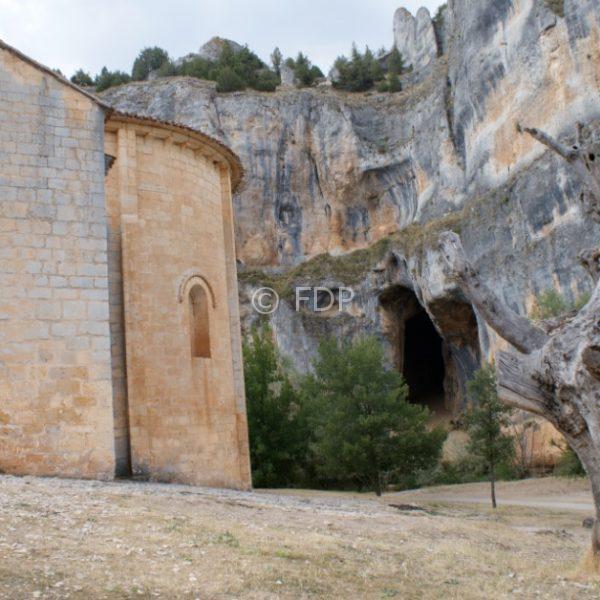 cueva-canon-rio-lobos