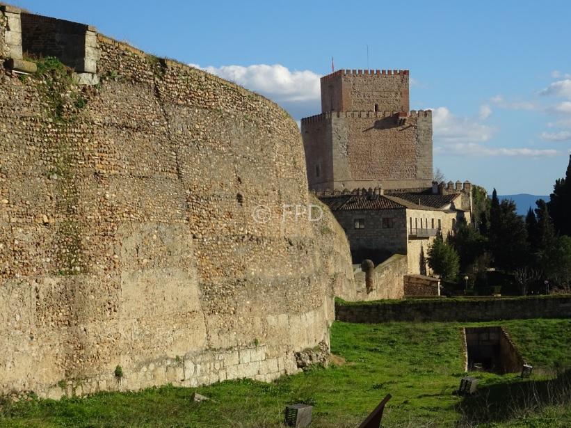 CiudadRodrigo-Muralla-Castillo-peq